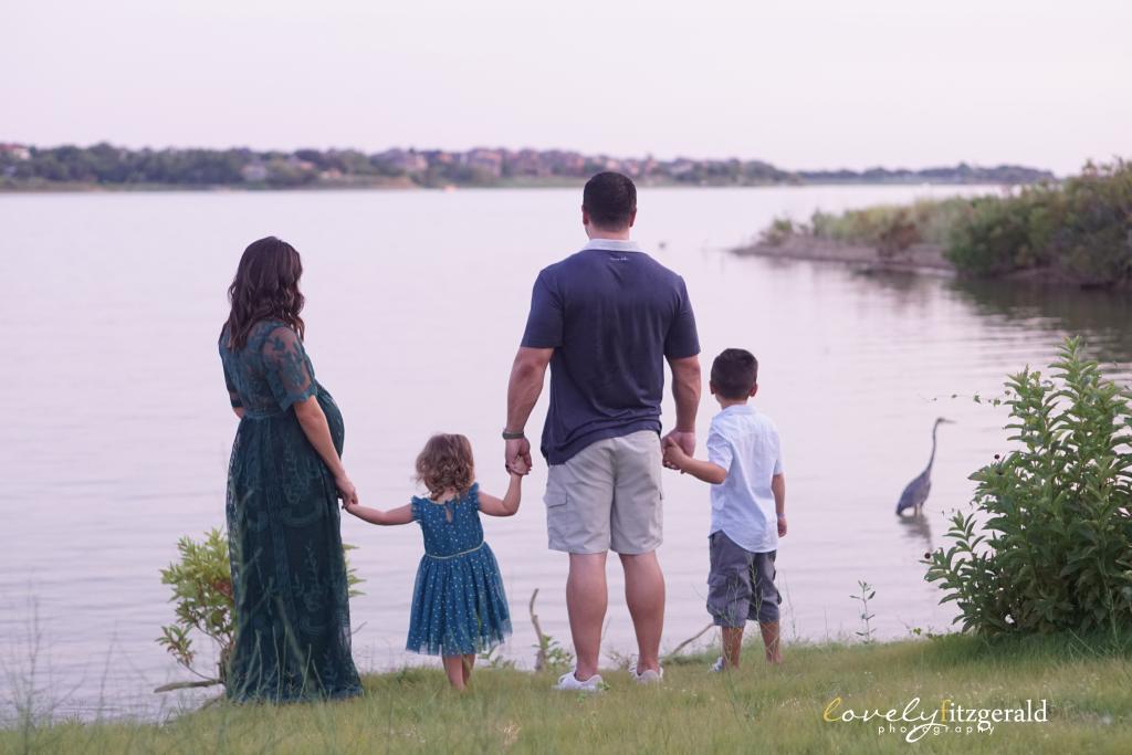 Lake Lewsville Maternity Photo