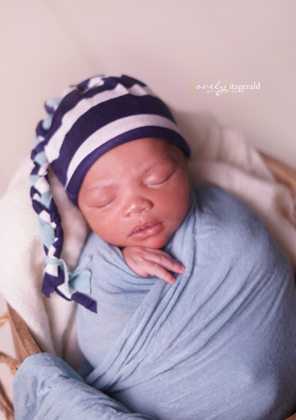 newborn baby in bucket | frisco newborn photographer