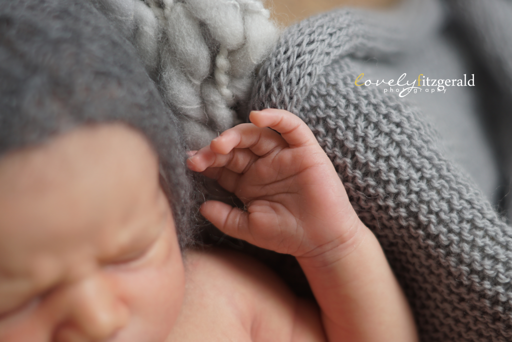 detail of hands, frisco newborn photographer