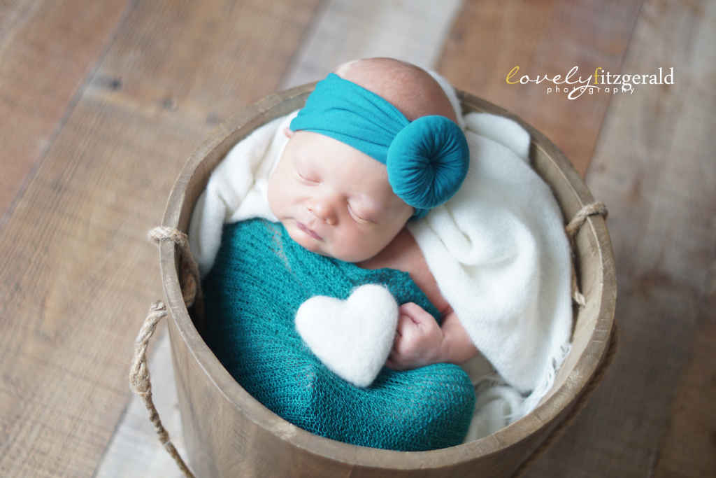 Lewisville Newborn Photographer, baby in a bucket